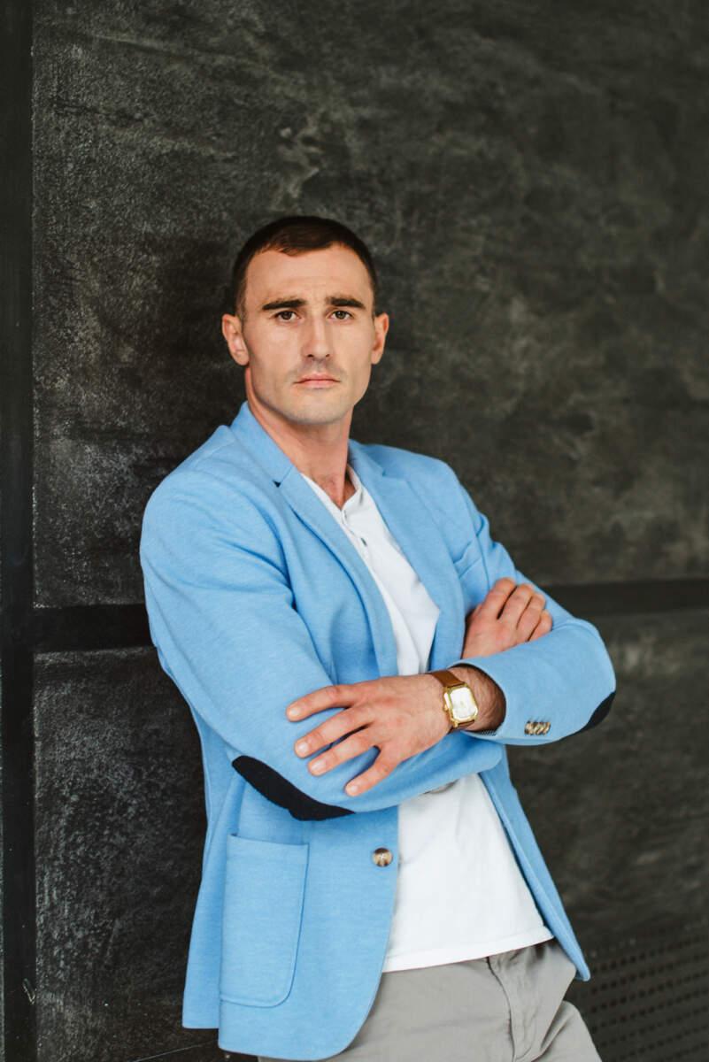 Хруслов Александр Михайлович - консультант по зависимости в РЦ Атмосфера Харьков